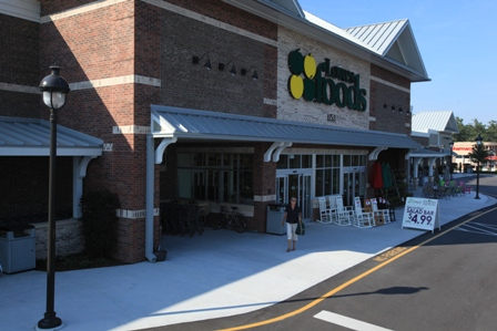 BRUNSWICK FOREST'S VERY OWN SMARTFRESH GROCERY STORE, LOWES FOODS