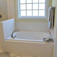 Calhoun At Brunswick Forest Master Bath tub