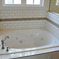 A jacuzzi tub in the master bath of the Portsmith at Brunswick Forest